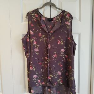Cameo gray tank floral pattern, pleats size 2X